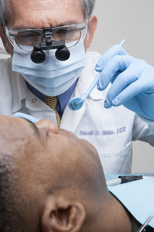The root canals Sonora patients have treated are well-handled by Dr. Jeff.