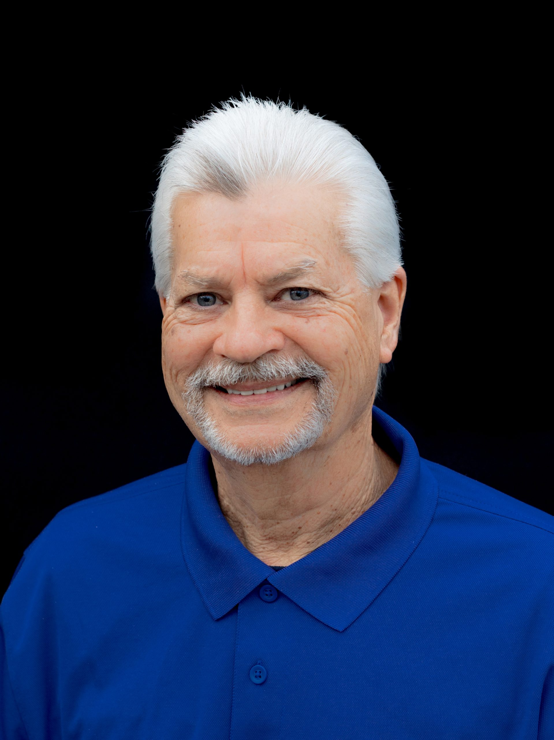 Steve is a 48 year veteran of the dental industry and has brought his knowledge to the Artisan Dental Lab.